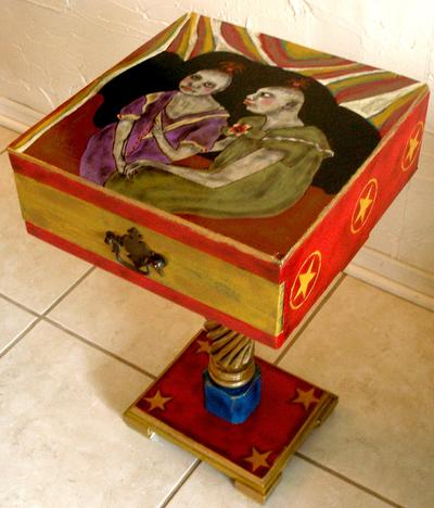 CIRCUS FREAK SIDE TABLE